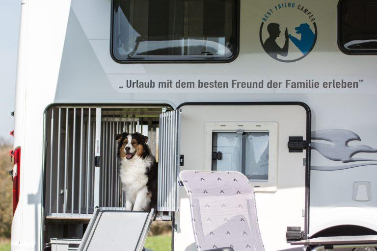 Wohnmobilvermietung Stuttgart mit Hund und Heckgarage
